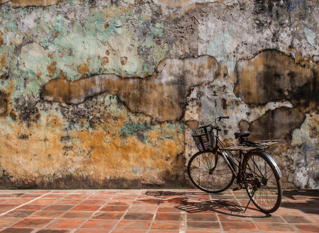 wall mural: Wall Texture  with bicycle