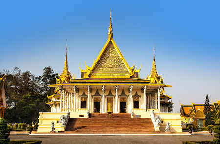 penh: Royal Palace and Silver pagoda  The throne hall , Phnom Penh, No 1 Attractions in Cambodia