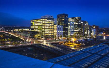 Oslo est la capitale de la Norv�ge et de la ville la plus peupl�e de Norv�ge.