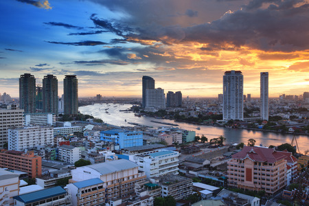 the chao phraya river: Bangkok City Skyline with Chao Phraya river, Thailand. Foto de archivo