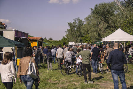 Crowd during the festival in afternoon Redactioneel