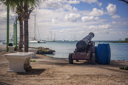 BAYAHIBE, DOMINICAN REPUBLIC 21 JANUARY 2020: Bayahibe cannon overlooking the sea 報道画像