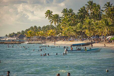 Dominicus beach at sunset in Dominican Republic 版權商用圖片
