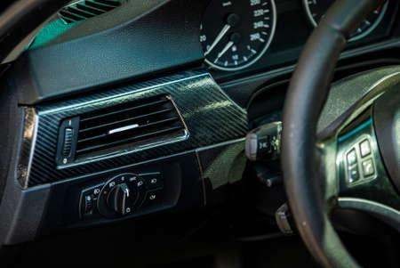 Car dashboard detail 3 Imagens