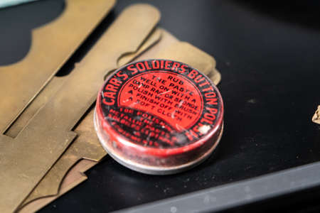 Soldiers button polish paste in a red tin from WW1