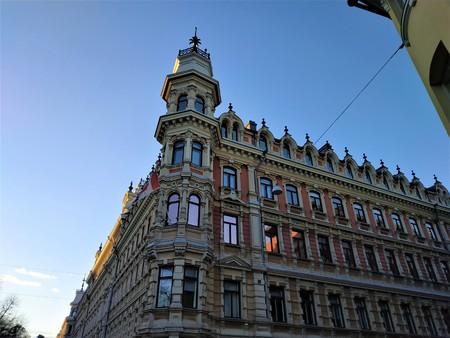 Schönes Jugendstilgebäude am berühmten Pohjoisesplanadi in Helsinki, Finnland Standard-Bild