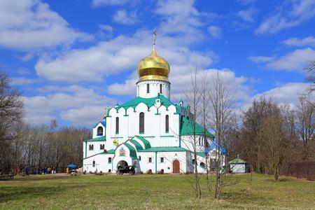 Pushkin, RUSLAND - MEI 04, 2017: Feodorovsky Zweedse Kathedraal in Tsarskoe Selo