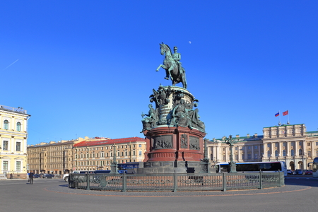 Saint Petersburg, RUSSIA - MAY 05, 2017: Monument by sculptor P. K. Klodt in honor of Emperor Nicholas I in the center of St. Isaacs square 報道画像