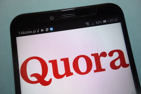 KONSKIE, POLAND - SEPTEMBER 15, 2018: Quora on  smartphone Editorial
