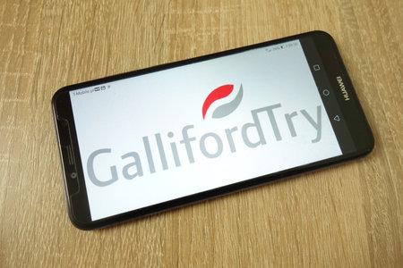 KONSKIE, POLAND - June 21, 2019: Galliford Try plc company logo displayed on mobile phone Redakční