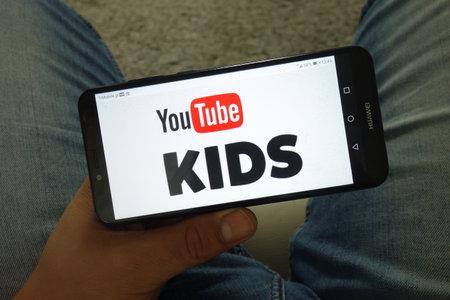 KONSKIE, POLAND - June 29, 2019: YouTube Kids logo displayed on mobile phone Reklamní fotografie - 127812894