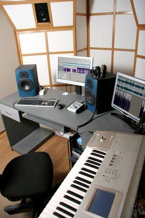 eq: lugar de trabajo de ingeniero de audio de estudio de audio profesional