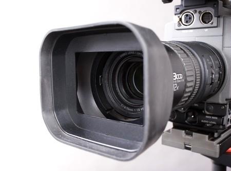 lente close-up di videocamere digitali registratore su sfondo grigio Archivio Fotografico
