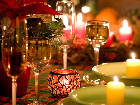candle light dinner: Beautiful place setting for Christmas Stock Photo