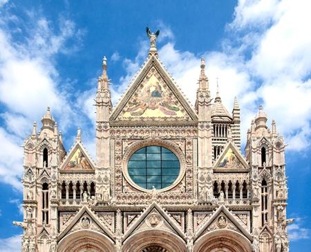 siena: cathedral of Siena, Duomo di Santa Maria Assunta, wide-angle view