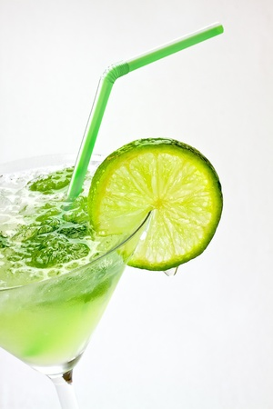 coctail: Margaritas with lime on white background