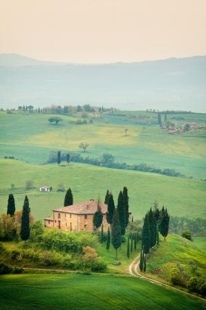 Scenic view of typical Tuscany landscape Foto de archivo