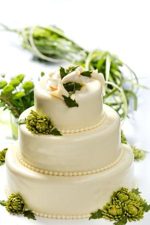 wedding cake: Traditional wedding cake on a white background