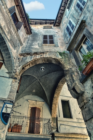 in conjunction: The specific conjunction home from three sides in Tuscany  Looking towards up