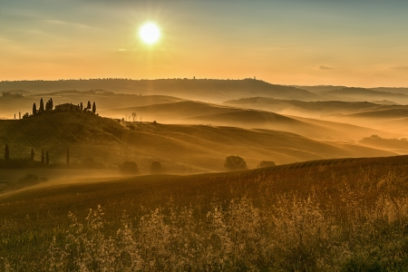 san quirico dorcia: Early morning on countryside, San Quirico dOrcia, Tuscany, Italy  Stock Photo