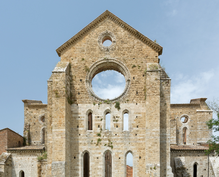 abbazia: Cistercian convent built in the 12th-century, 30 km southwest of the city of Siena, Tuscany, Italy