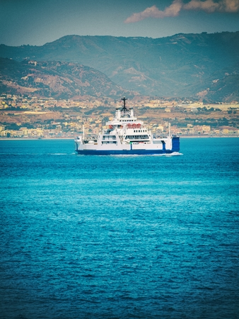 Ferry in southern Italy Messina Stok Fotoğraf - 59914207
