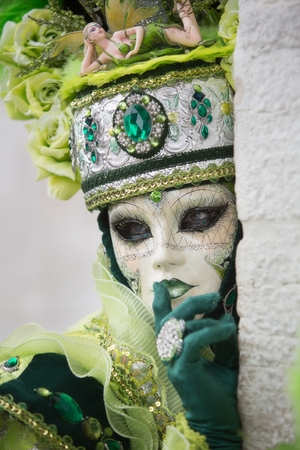 carnevale: VENICE, ITALY - FEBRUARY 27, 2016: Unidentified person with Venetian Carnival mask in Venice, Italy on February 2016.