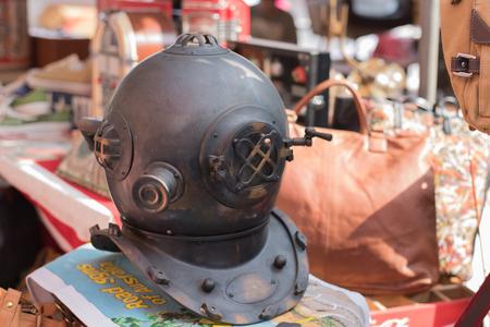 shiny suit: Diving mask