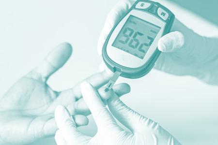 measured: blood glucose meter, the blood sugar value is measured on a finger