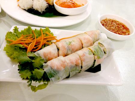 vietnamese food: Fresh Spring Rolls vietnamese food