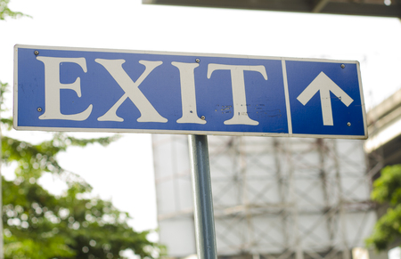 exit sign: exit sign