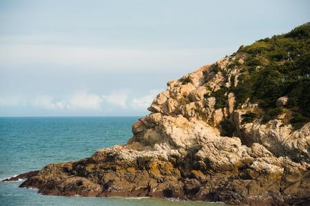 sculpted: Een natuurlijk gebeeldhouwde rots lijkt op het profiel van een Native American Indian, een toeristische attractie op het eiland Nangan in het Matsu archipel van Taiwan Stockfoto