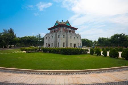 Juguang 타워 진먼 섬, 대만에 속하는 전략적 지역의 상징이다. 수평.