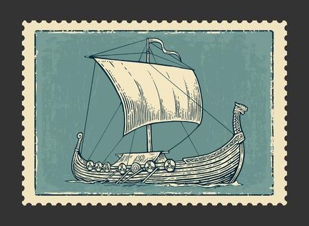 poststempel: Drakkar auf den Wellen des Meeres schwimmen. Hand gezeichnet Design-Element Segelschiff. Vintage-Vektor-Gravur Illustration f�r Plakat, Aufkleber, Stempel. Isoliert auf dunklem Hintergrund