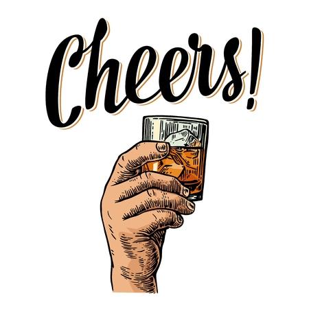Männliche Hand hält ein Glas mit Whiskey und Eiswürfel. Prost Toast Schriftzug. Vintage-Gravur Illustration für Etikett, Plakat, Einladung zu einer Party. Isoliert auf weißem Hintergrund. Vektorgrafik