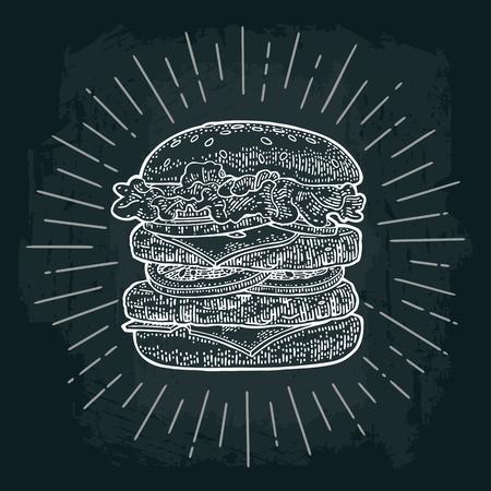 Dubbele hamburger omvat kotelet, tomaat, komkommer en salade met stralen. Vector witte vintage graveren illustratie op donker bord. Voor poster en menu. Stock Illustratie