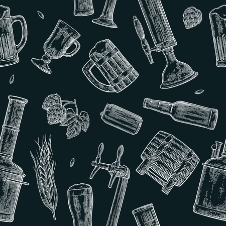 Seamless pattern beer tap, class, can, bottle and hop. Vettoriali