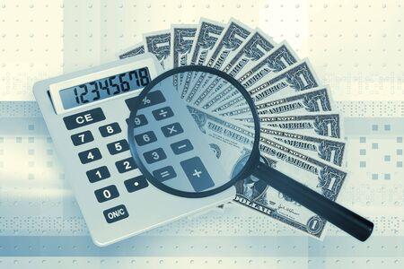 Calculadora y dinero sobre fondo azul