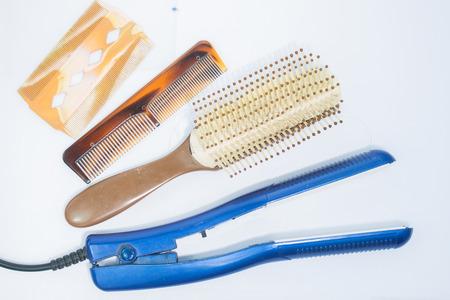 straighteners and comb photo