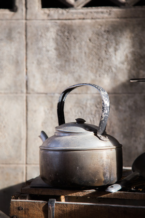 boiling: kettle boiling