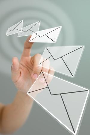 Hand kiezen e-mail met golf effect, E-mail concept