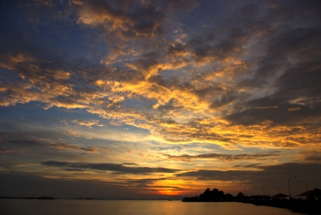 skyscape: Nice sunset sky with nice cloud at Kho Loy, Siracha, Chonburi, Thailand Stock Photo