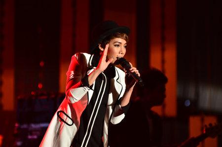 endorphine: NONTABURI, THAILAND  - OCTOBER 4 : Da Endorphine singer singing in Grammy Wonderland concert on 4 October 2012 at IMPACT Challenger, Nontaburi, Thailand