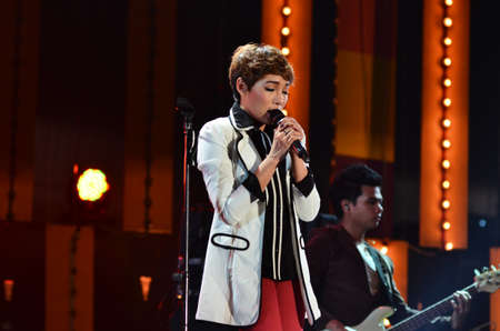NONTABURI, THAILAND  - OCTOBER 4 : Da Endorphine singer singing in Grammy Wonderland concert on 4 October 2012 at IMPACT Challenger, Nontaburi, Thailand Stock Photo - 15699078