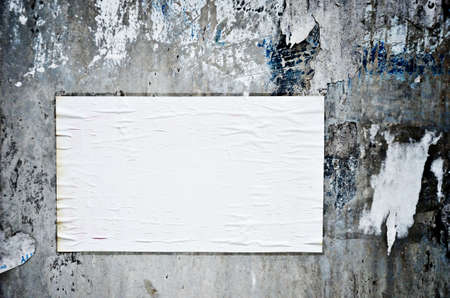 Blank paper stick on grungy wall, Texture background Stock Photo - 17245135