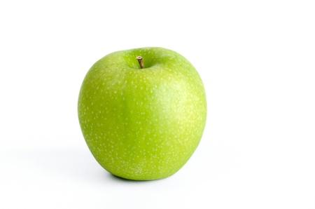 manzana verde: Verde manzana, fruta org�nica aisladas sobre fondo blanco