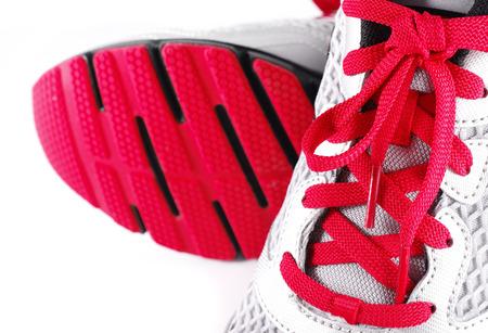 Sportschoenen geïsoleerd op wit