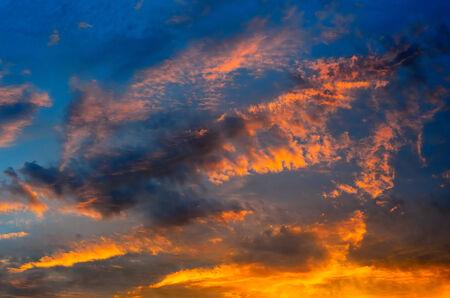 cielo atardecer: Niza cielo atardecer de fondo, Tailandia