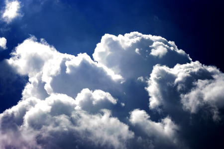 oxigen: Sun ray with cloud in sky Stock Photo