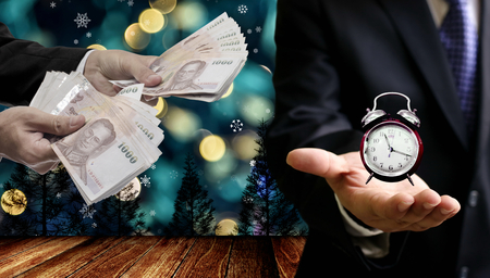 Time to pay for Christmas event Standard-Bild